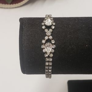 Elegant Vintage Crystal Bracelet